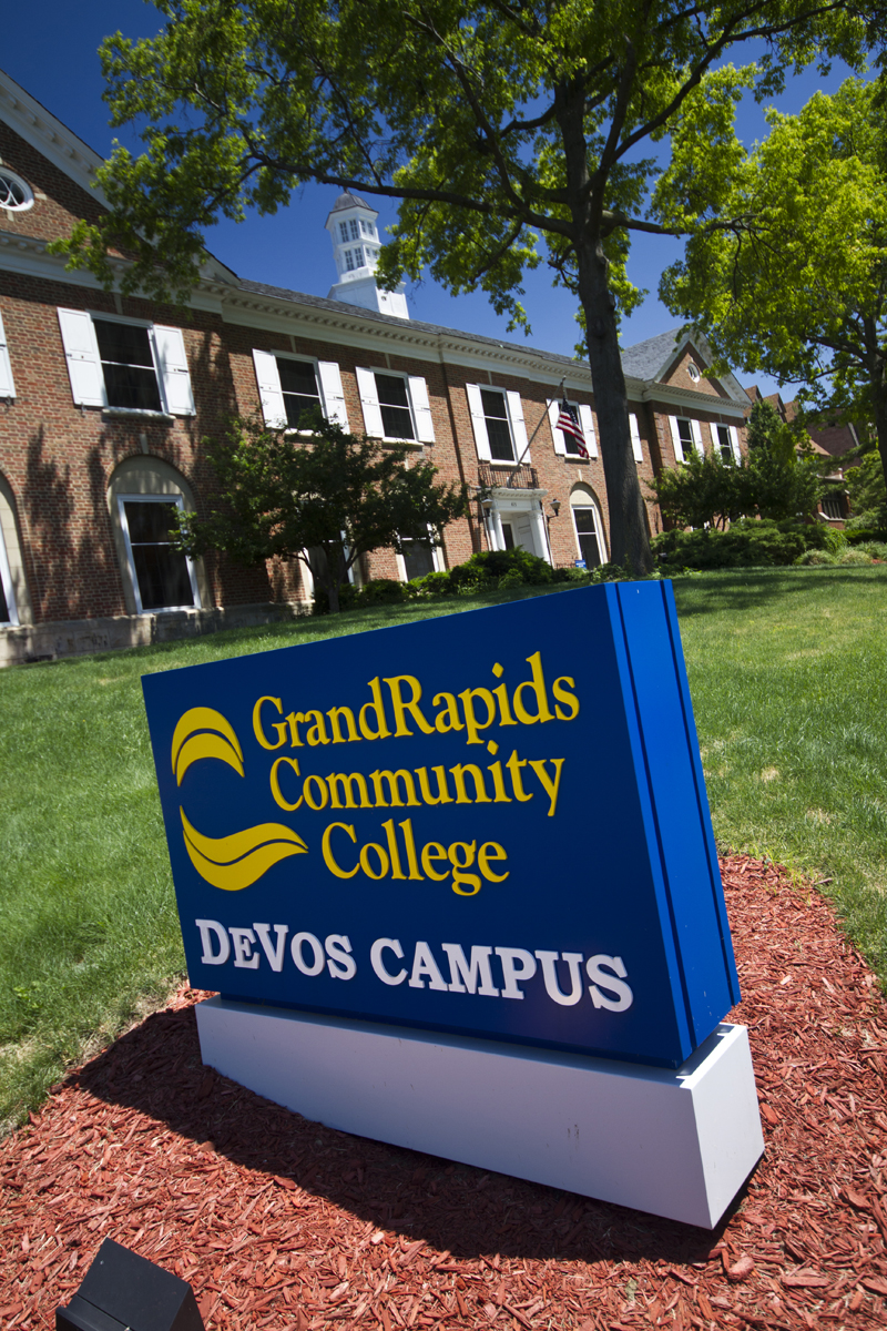 DeVos Campus Welcome Sign